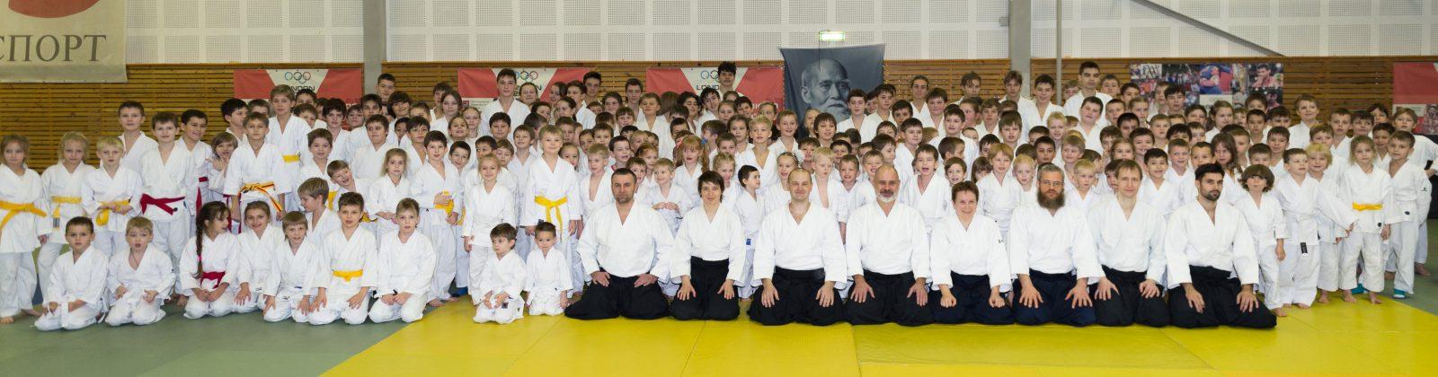 Общий снимок участников (два фото)
